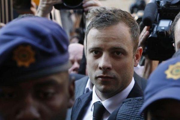 Oscar Pistorius est reconnu coupable d'homicide involontaire pour la mort de sa petite amie Reeva Steenkamp
