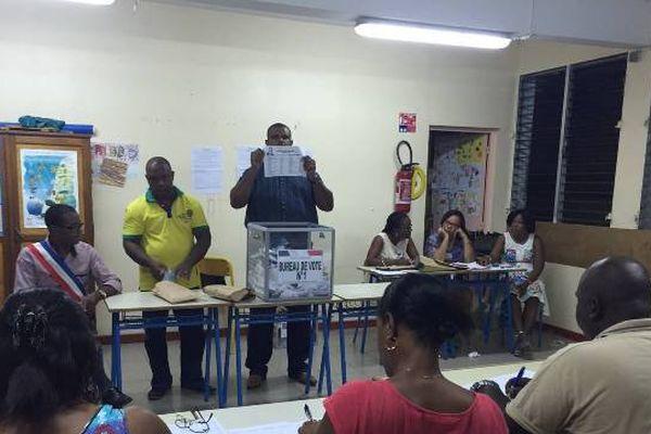 Bureau de vote de Vieux Habitants