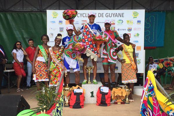 Le podium de la 5ème étape à Apatou TDG 2015