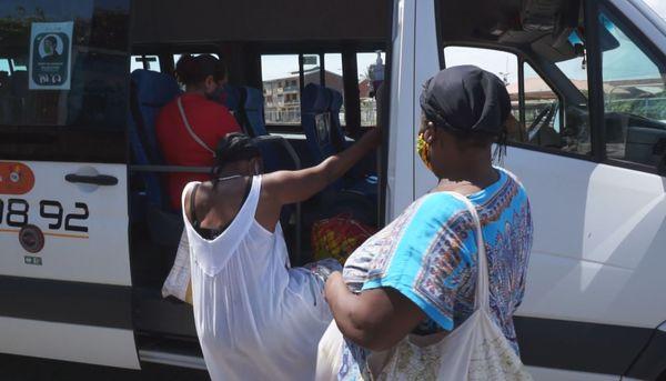Beaucoup de monde dans Cayenne