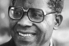 Aimé Césaire né le 26 juin 1913 à Basse-Pointe et mort le 17 avril 2008 à Fort-de-France. Homme politique Martiniquais, écrivain, poète, dramaturge, essayiste, et biographe.