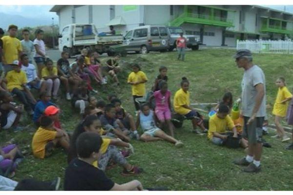 écoliers - plantation forêt sèche