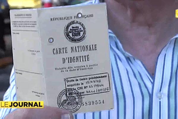 La carte d'identité en papier, mal aimée en Europe