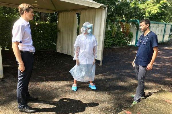 Covid-19 : L'Etang-Salé le docteur François Ronco a mis en place une unité d'accueil ambulatoire