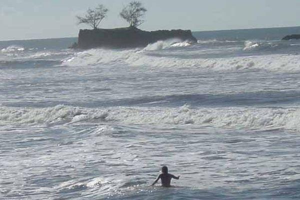 Samedi à Papenoo, un père et ses enfants sauvés des eaux