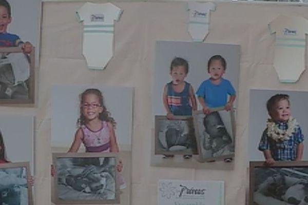 Des portraits de prématurés dans le hall du CHT du Taaone