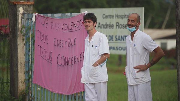 Les soignants de Maripa-Soula, nombreux dans la manifestation