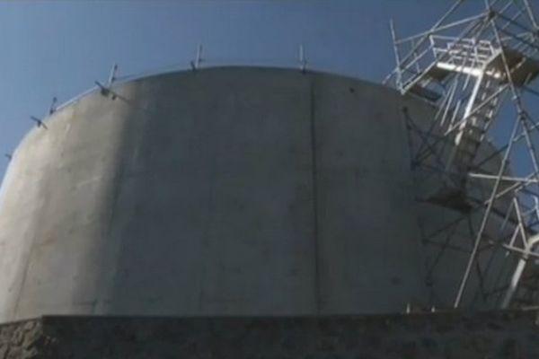 Nouveaux réservoirs d'eau à Saint-Paul