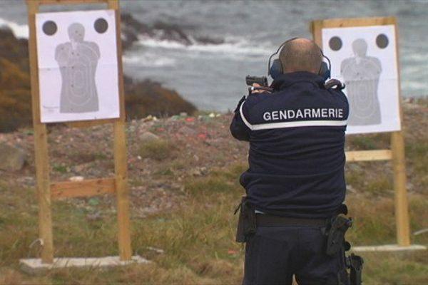 Journée d'entrainement au tir pour une quinzaine de membres de la gendarmerie de SPM