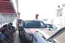 Seules huit voitures peuvent être embarquées à chaque rotation.