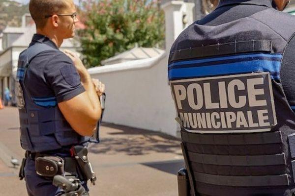 La police municipale à La Réunion.