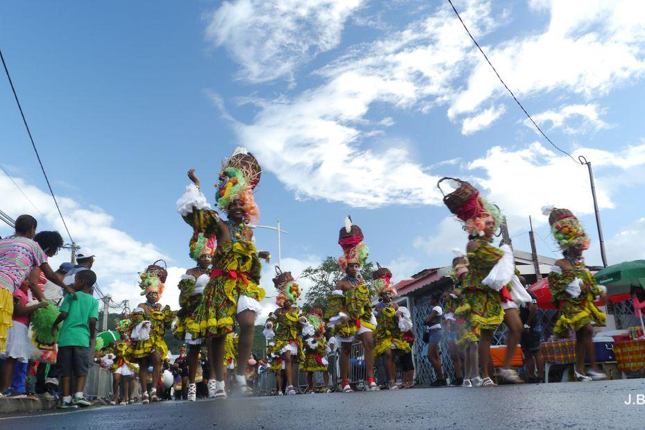 L'ARS prend met en garde contre les dangers pour l'audition lors des défilés de Carnaval - Guadeloupe la 1ère