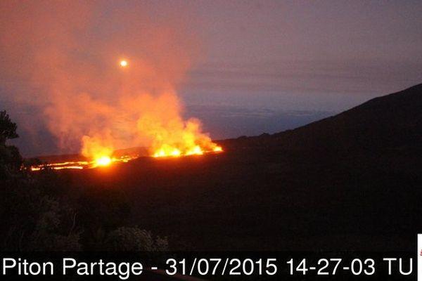 Eruption vu du Piton Partage