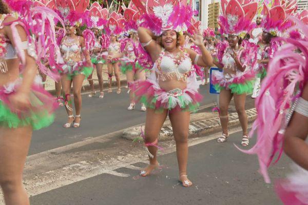 Défilé à Basse-Terre