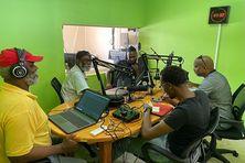 Handi-FM sur la fréquence 102 de la bande FM en Martinique