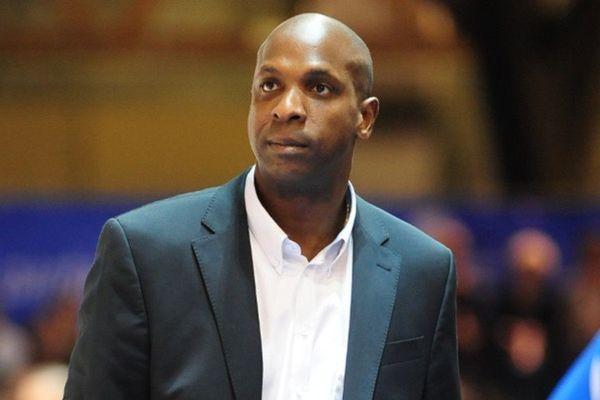 Le guadeloupéen Ruddy Nelhomme n'est plus l'entraîneur de Poitiers.