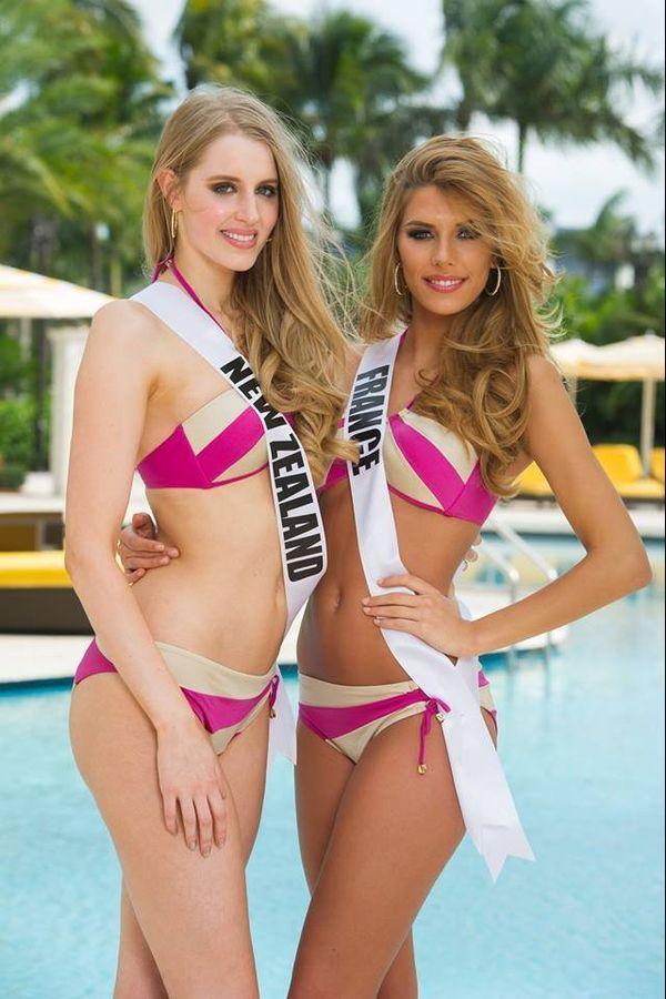 Miss Nouvelle-Zélande et Miss France posent en bikini - Concours Miss Univers 2015