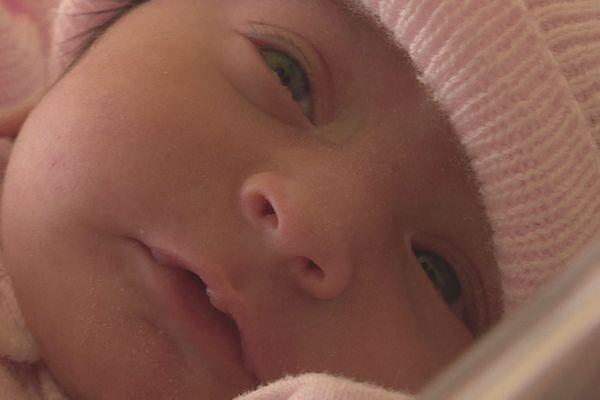 Née à 00h39 à Saint-Benoît, Zarah est le premier bébé de l'année 2020