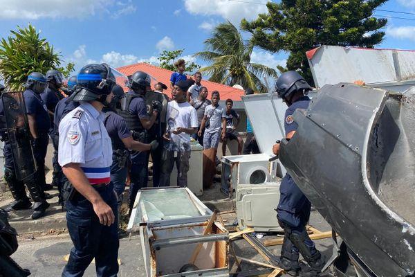 Intervention des forces de l'ordre à Mare-Gaillard