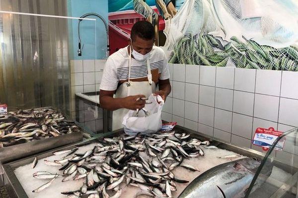 étiquettes poisson péi production locale 201120