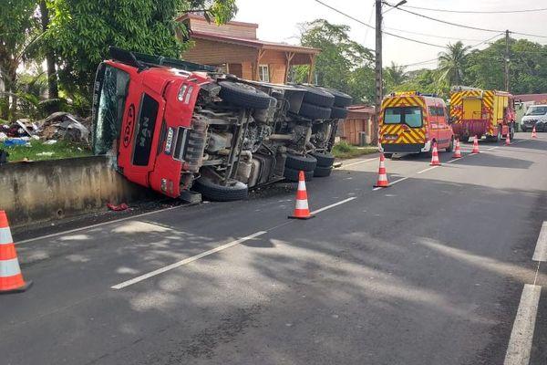 Accident Camion benne Sainte-rose