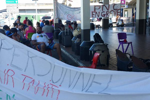 Air Tahiti : le conflit coûte financièrement cher aux grévistes