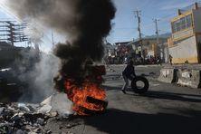 Barricades dans la ville de Port-au-Prince (21 octobre 2021).