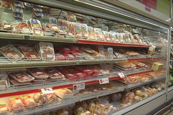 Rayon viande supermarché élevage filière animale péi 040919