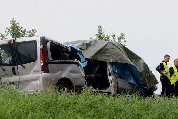 accident minibus
