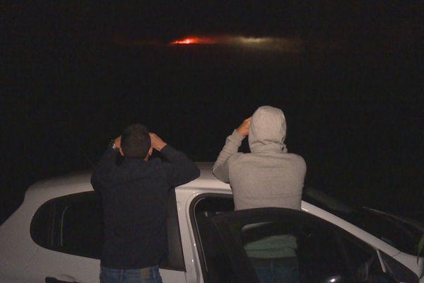 Les spectateurs du volcan