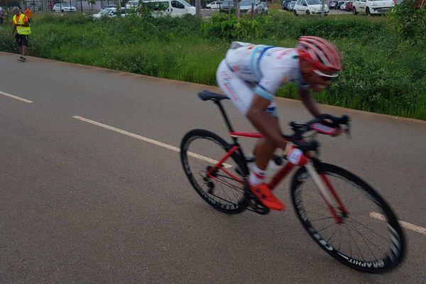 Cyclisme Grand prix Caron : Edwin Nubul remporte le 2ème tronçon de la 3ème étape