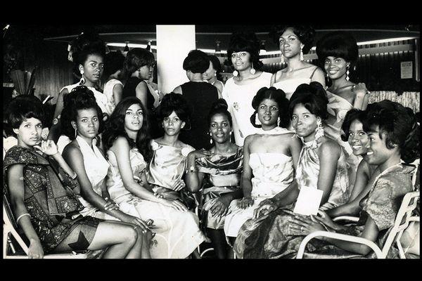 Défilé années 1960 - Vos photos notre histoire Martinique Jacqueline Labbé