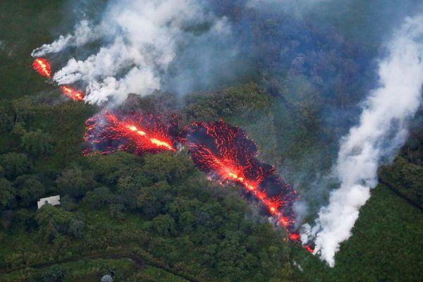 Une coulée de lave du volcan Kilauea, à Hawaï, le 18 mai 2018