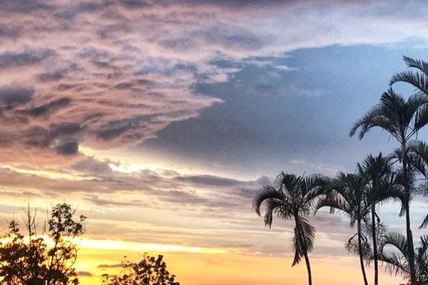 Météo ! le ciel au levé du soleil