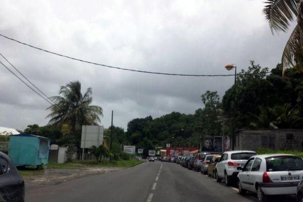 la queue sur la route