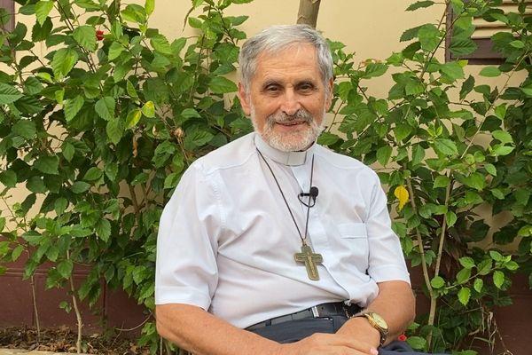 Questions à...Monseigneur Lafont, Evêque de Guyane