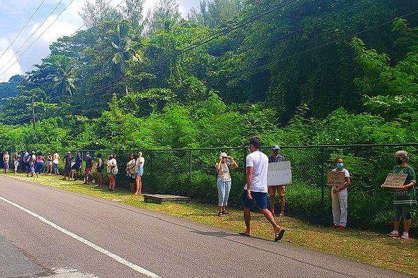 Manifestation aux Seychelles contre l'implantation d'un hôtel sur une zone humide février 2021