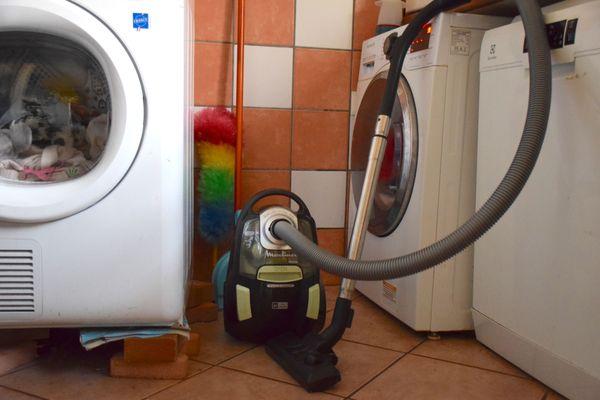 Pour illustrer le dossier sur les femmes de ménage