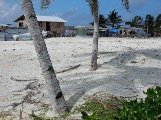 Atoll de Funafuti, aux Tuvalu, en juin 2016 (photo wiki commons)