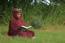 Nina Kerkena de Guadeloupe (soeur Sabrina) en pleine méditation