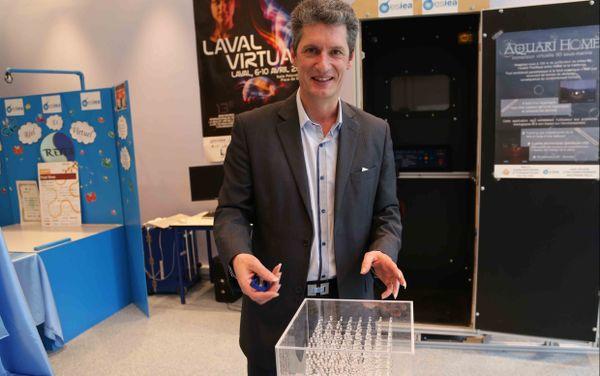 Jean Labourdette, directeur de l'ESIEA à Laval
