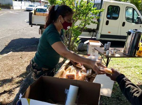 Toussaint repas solidarité démunis sans-abris 011120