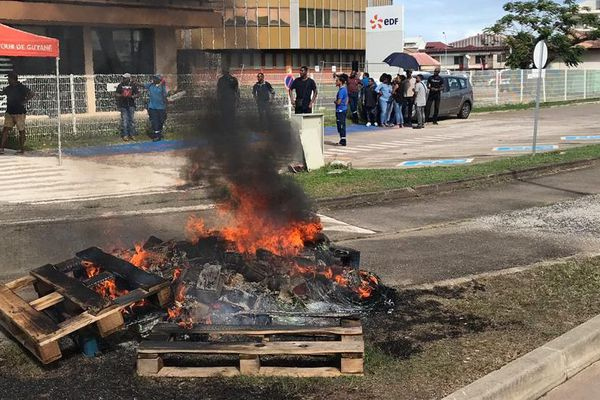 Grève EDF Guyane