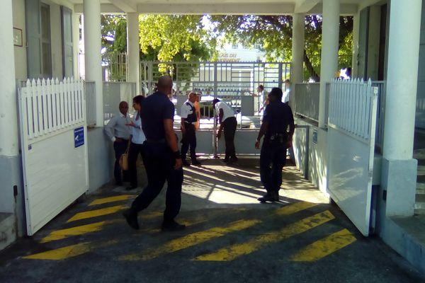 Arrivée Chevry tribunal