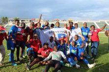 L'équipe du FC Mtsapéré victorieuse face à la JSSP en coupe de France a été bloquée à l'aéroport Roland Garros. La Fédération Française de Football n'a pas autorisé la suite de son parcours raison de cas contacts COVID.