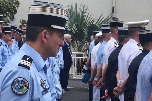 Gendarmes hommage au lt-col Beltrame