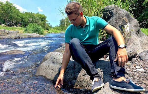 Julien à la rivière Langevin