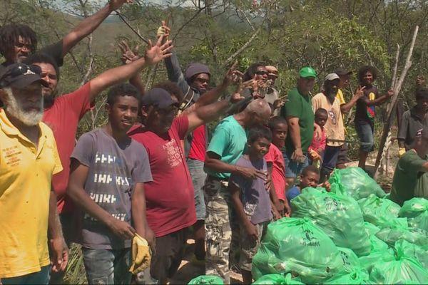 Touho ramassage de déchets