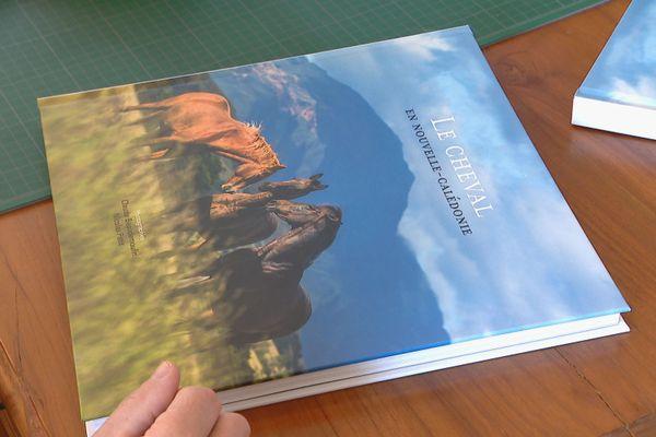 Livre le Cheval en Nouvelle-Calédonie