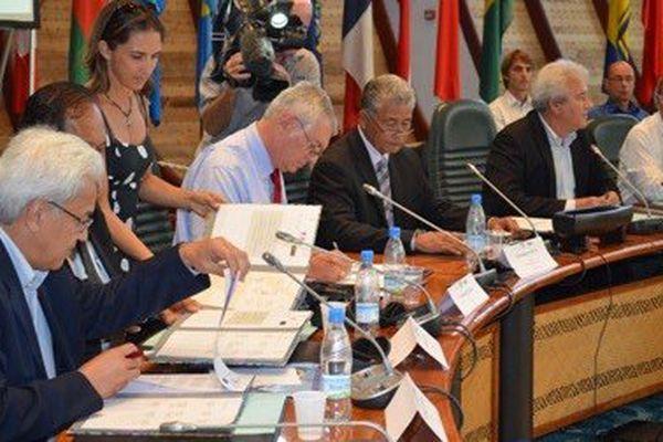 Accord Particulier Nouvelle Calédonie Wallis et Futuna 3ème commission de suivi